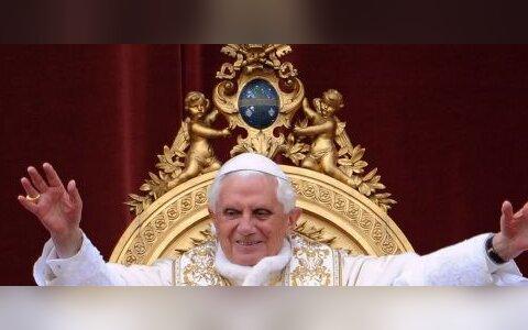 Valutab paavst